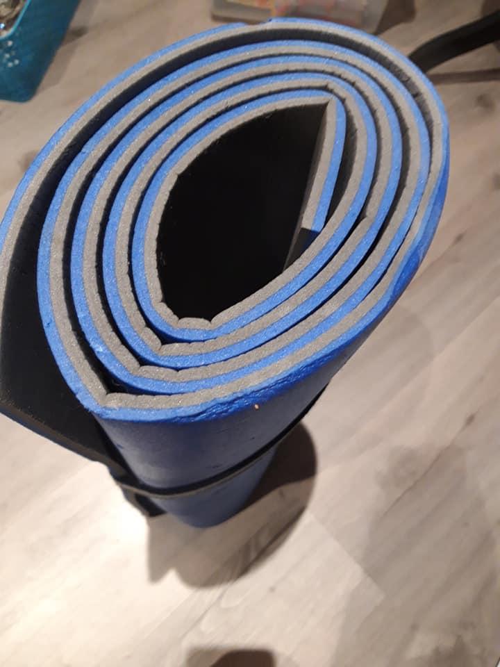 Compact rubber mat